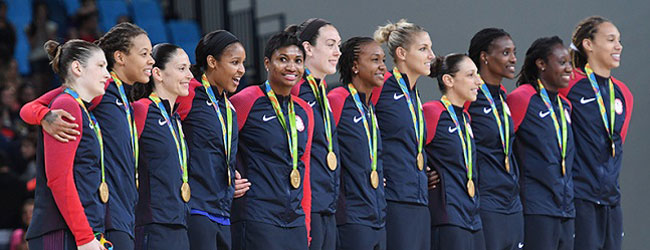 2016 U.S. Olympic Women's Basketball Team gets the Olympic gold